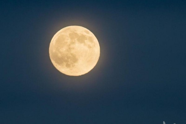 full-blue-moon.jpg